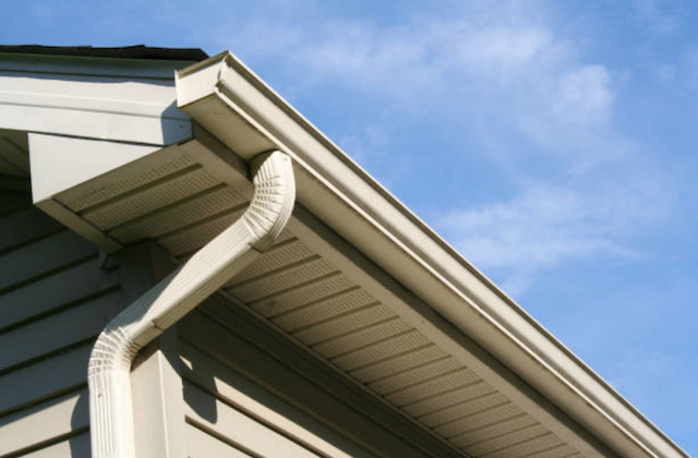 clean gutter in Helena-West Helena